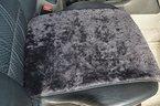 Autofell-Autositz Auflage/Aufleger aus Lammfell 36cm Breite x 60cm Länge für Sitzfläche Premium (Schiefer) passt auch auf Rücksitzbank.