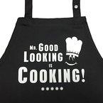 Mr. Good Looking is Cooking - Kochschürze, Grillschürze, Latzschürze mit verstellbarem Nackenband und Seitentasche