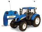 """Tomy Britains Spielzeug Traktor """"RC New Holland Big Farm"""" in blau - ferngesteuerter Traktor aus Kunststoff mit Fernbedienung - Trecker zum Spielen und Sammeln - ab 3 Jahre"""