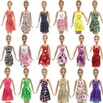 15 Stück of Barbie-puppe Kleider Kleiderbügel & Schuhe Bündel-menge D5