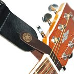 Fretfunk Gurtschlaufe / Strap für Akustikgitarren (mit Knopf) Braun