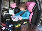Spieltisch für Autositz Zubehör ToullGo® Kindersitz-Reisetisch mit Netztaschen Auto-Spieltisch für Kindersitz Children's Play Tray Neue ultra-dünnen Design, einfach zu installieren und leicht zu demontieren (Schwarz)